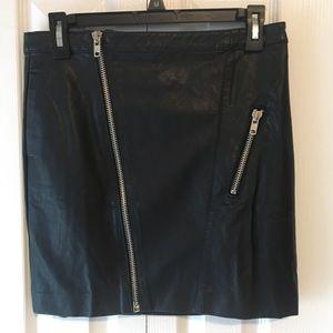 Black Trendy Skirt